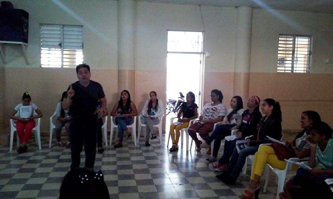 primer-curso-taller-prevencion-suicidios-10