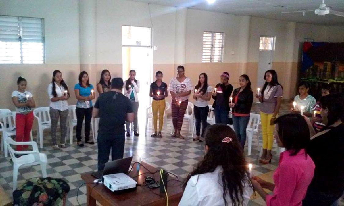 primer-curso-taller-prevencion-suicidios-7